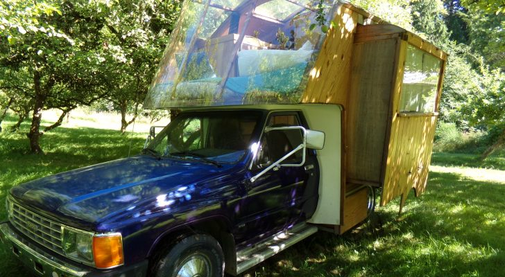 We Got A Look Inside A Unique Gypsy Wagon