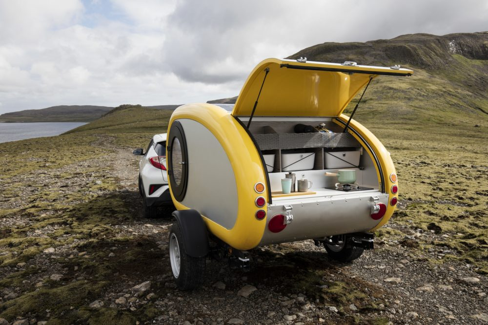 teardrop trailers with skylights