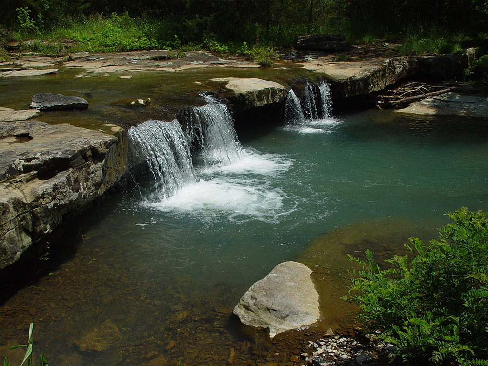 arkansas-ozark-waterfall