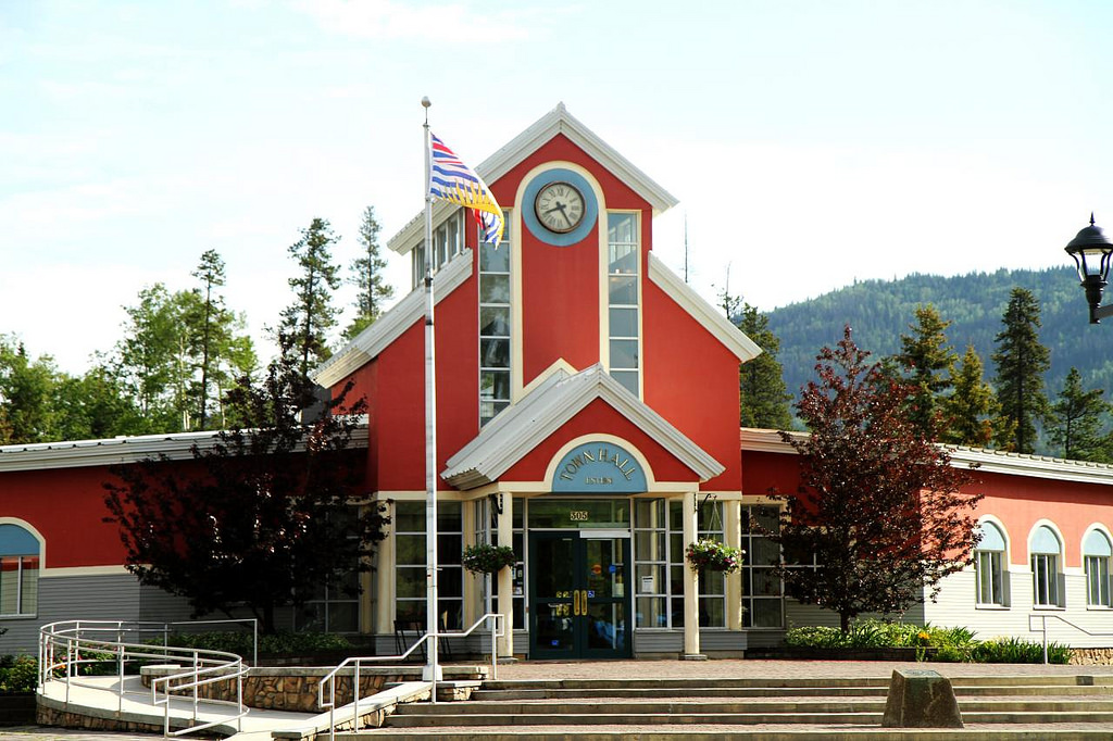 Tumbler Ridge Town Hall - photo courtesy of Explores/flickr