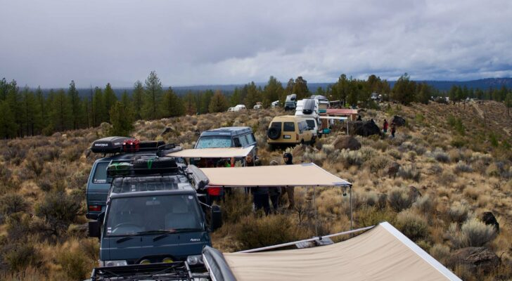 "Go Camping In The Oregon Outback At ""Descend On Bend"""