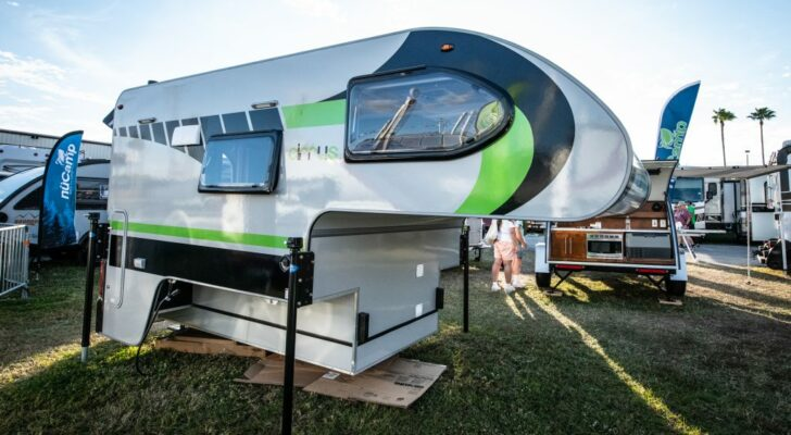 A First Look At The New Cirrus 670 Truck Camper
