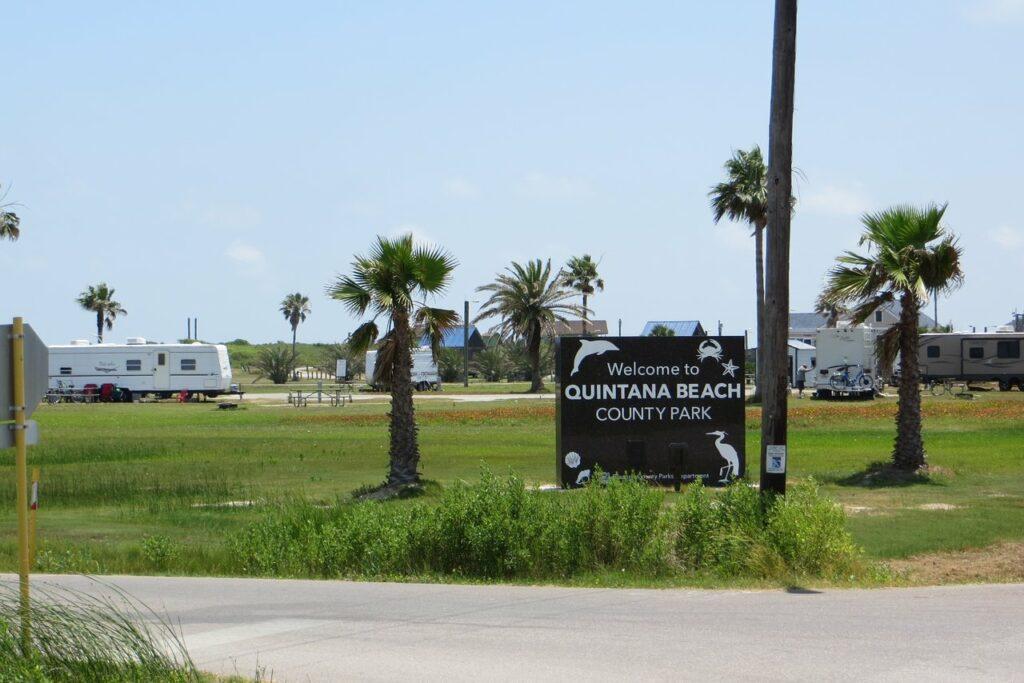 Quintana Beach County Park - Photo via TripAdvisor
