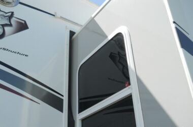 Use This Rubber Seal Conditioner To Prevent RV Slide-Out Problems