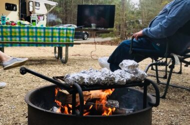 5 Steps To Throwing A Dinner Party In Your RV