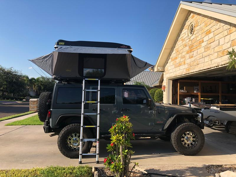 Smittybilt Hard Shell SUV Tent