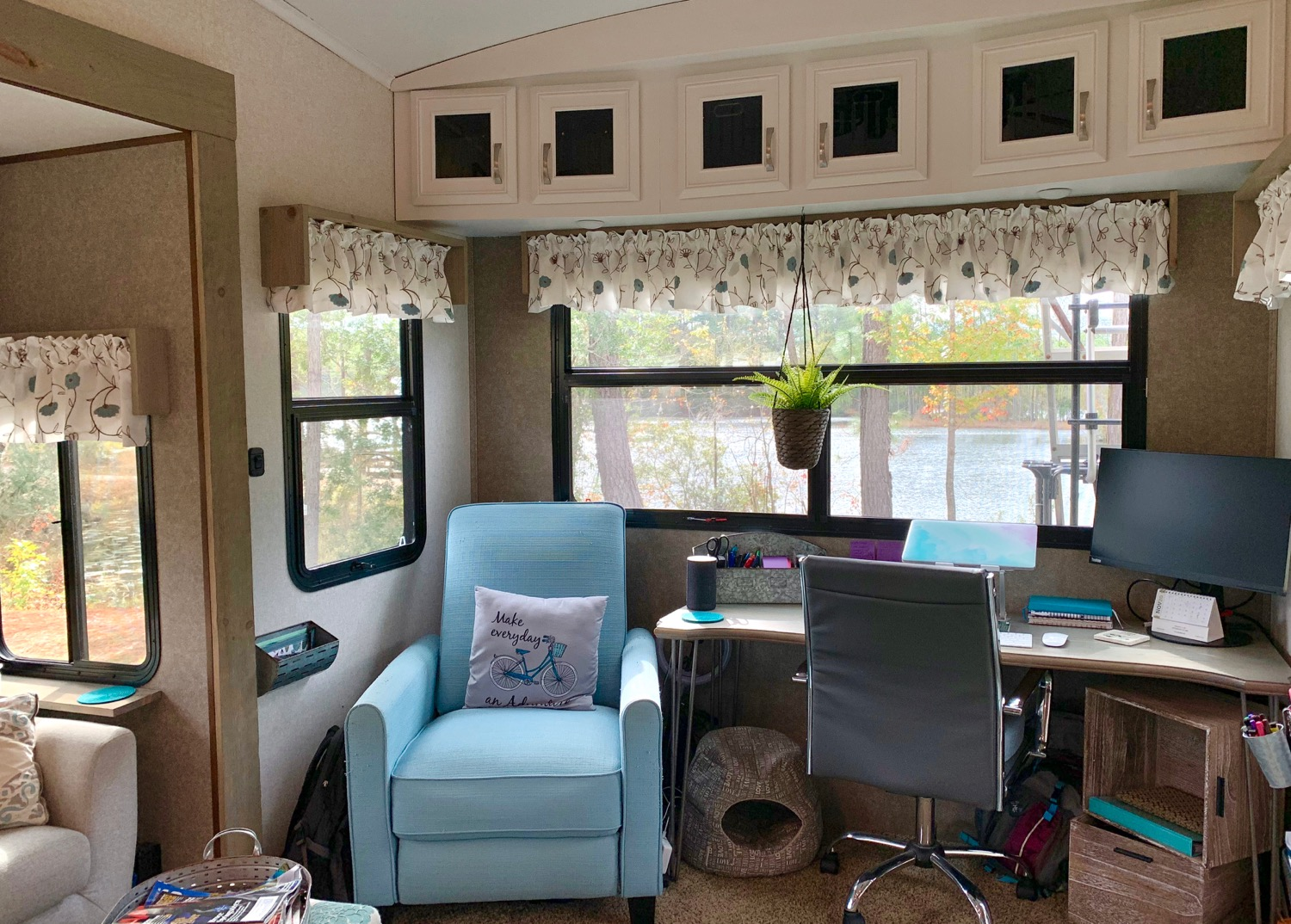 RV Makeover: Removed sofa and replaced with custom desk and chair.