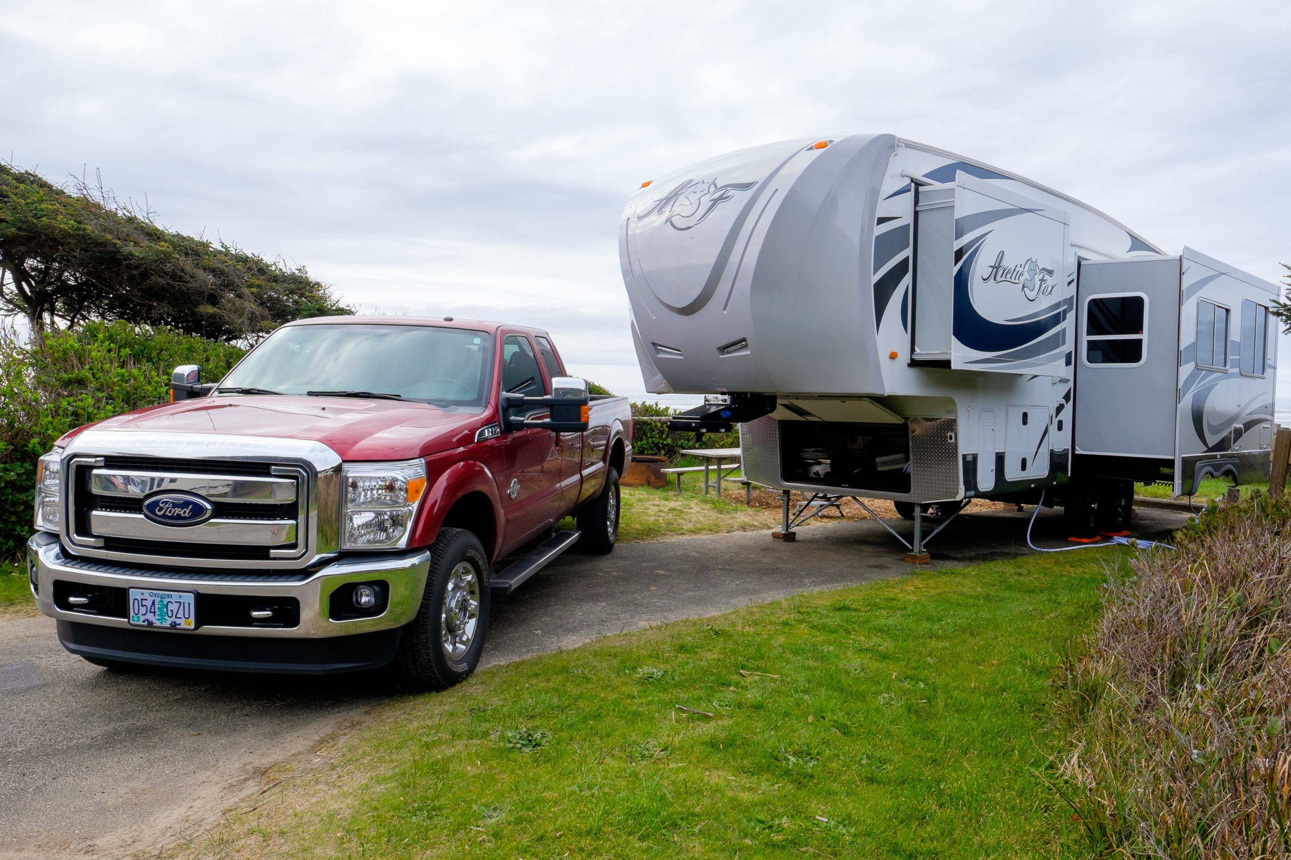 truck and fifth wheel in campsite